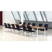 Tische für Besprechungen und Konferenzen
