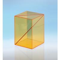 Modell J3003-1a8, Geometrische Körper aus gefärbtem Acrylglas