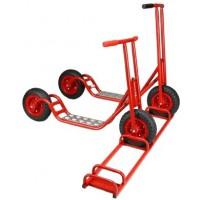 Set = 1 x kleiner Roller, 1 x großer Roller, 1 x Rollerständer